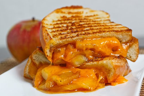 grilled cheese sandwiches: Add special punch to National Grilled ...