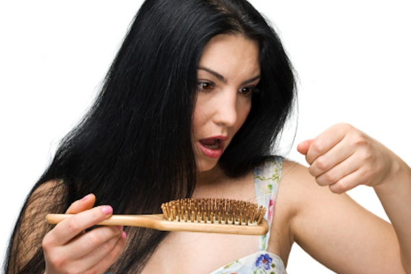 Symptoms of hair loss in women