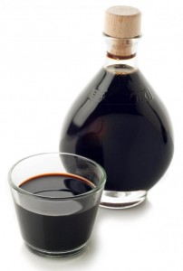 balsamic-vinegar-and-cup1