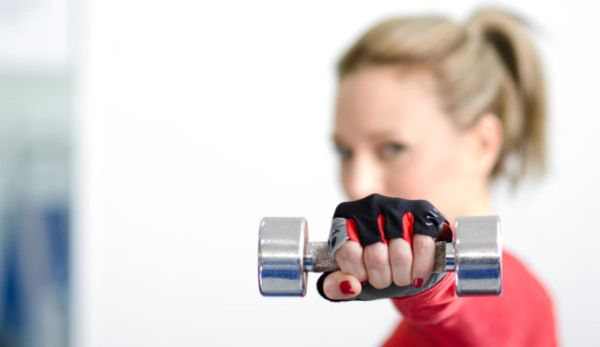 woman-exercise-dumbbell-628x363