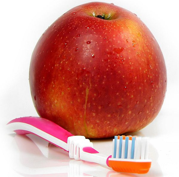 Apple Activity for kids dental hygiene