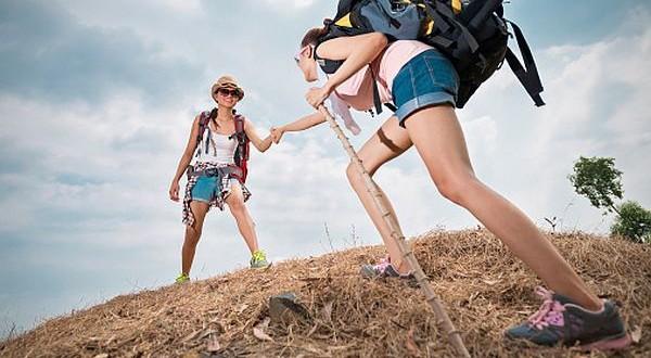 enjoying hiking (2)