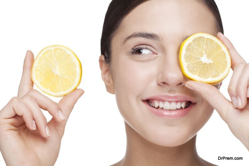 Lemon in removing stretch marks