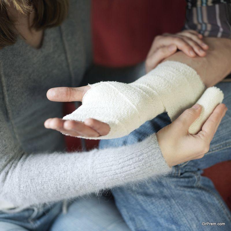 Bandage the cut