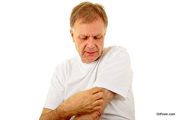 man suffering from Fungal allergy
